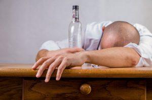 alcohol 428392_640 300x199
